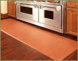 Kitchen Area Rugs For Hardwood Floors by Best 25 Kitchen Runner Rugs Ideas Only On Pinterest Kitchen Rug