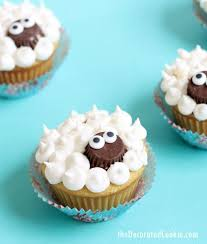 Lamb Decorations For Easter by Easy Lamb Cupcakes The Decorated Cookie