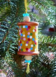 28 best ornaments spools images on wooden