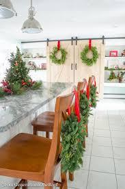 kitchen island centerpiece christmas centerpiece for kitchen island christmas decorating