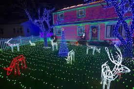 when does the great christmas light fight start holiday decorating do s and don ts from the great christmas light