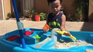 step 2 sand and water table fun in the sun with the step2 cascading cove sand water table