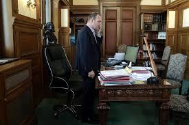 bureau maire de l arrêté antimendicité d hénin beaumont annulé libération