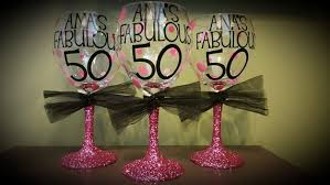wine glass party favor 50th birthday personalized glitter stemmed wine glass favors