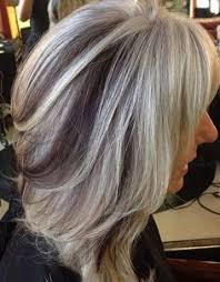 silver hair with blonde lowlights disguising gray hair love her low and highlights to camouflage
