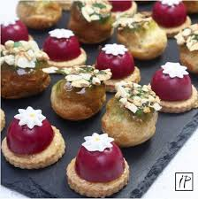 shoing canapé 21 best canapes petits fours images on canapes