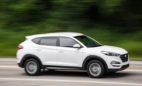 is hyundai tucson a car hyundai recalls 41 000 tucson crossovers for delayed acceleration