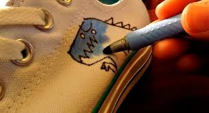 chucks selbst designen schuhe selbst gestalten schuhdealer