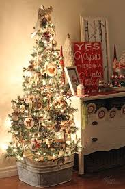 Christmas Decorations For Homes Best 25 Country Christmas Decorations Ideas On Pinterest Rustic