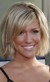 medium short hairstyle for thin hair women medium haircut