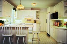 easy kitchen decorating ideas inexpensive kitchen wall decorating ideas excellent