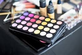 Los Angeles Makeup Schools Makeup Classes Los Angeles Ca Coursehorse