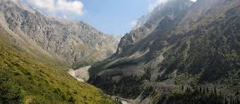 silk road adventure tour through kyrgyzstan kyrgyzstan adventure