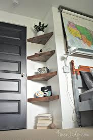 diy floating corner shelves 4men1lady com diy home improvement