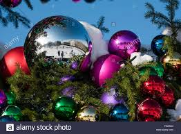 picture collection christmas ball ornament tree all can download