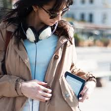 amazon black friday kindle paperwhite amazon sale slashes prices on 6 different kindle tablets and e