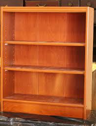 Particle Board Bookcase Turtles And Tails Barb Vs Chalk Paint Round 1 Goes To