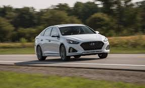 2016 hyundai sonata hybrid pictures photo gallery car and driver