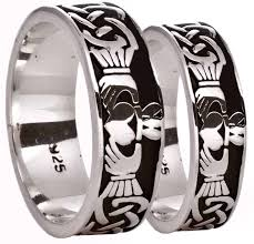 claddagh set celtic claddagh band ring set