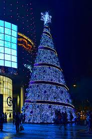 Christmas Decorations Tree Singapore by Christmas Tree Of The Day 8 2012 Edition Ion Orchard