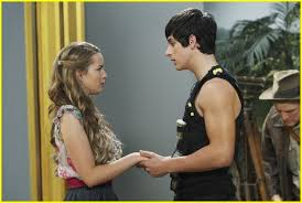 A Place Wiki Image David Henrie Bridgit Mendler Museum 02 Jpg Wizards Of