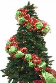 How To Decorate A Christmas Tree Best 25 Ribbon Garland Ideas On Pinterest Rag Banner Fabric