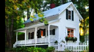 the doll house in outskirts of plymouth new hampshire small