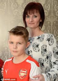 7 year old boys hair cuts leighton buzzard boy kicked out of classroom because he had