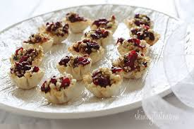 baked brie phyllo cups with craisins and walnuts skinnytaste
