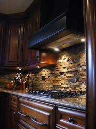 stone backsplash that is a great look rustic and unique with