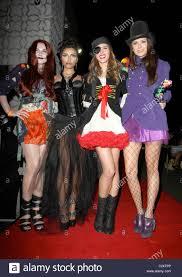 heidi klum halloween costumes nina dobrev u0026 friends arriving at heidi klum u0027s halloween party