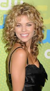 good medium length haircuts for curly hair