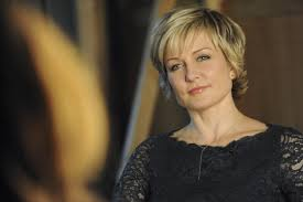 hairstyle of amy carlson 11 amazing moments celebrating the 100th episode of blue bloods