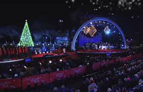 2017 national christmas tree lighting tv weekly now hallmark channel to air the 2017 national christmas