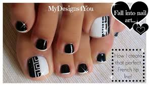 greek style toenail art monochrome pedicure diseño de uñas de