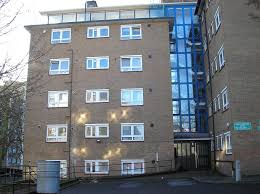 double room in sunny flat in southfields putney u0027 room to rent from