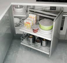 rangement coulissant meuble cuisine rangement cuisine les 40 meubles de cuisine pleins d astuces fancy
