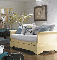 homestyle sleigh daybed with trundle without cushion cottage decor