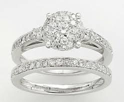 ring engaged 7 engagement rings inspired by hathaway s engagement ring