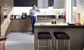cuisine 9m2 avec ilot agréable cuisine en u avec ilot 3 cuisine 9m2 avec ilot central