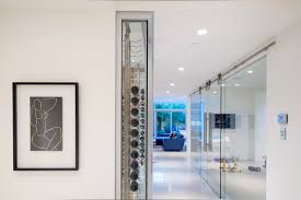 Glass Room Divider Minimalist Modern Home Interior Decoration Using Clear Glass