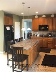 sherwin williams brown kitchen cabinets painted kitchen cabinets in sherwin williams white and