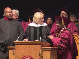 betsy devos gets booed at college graduation business insider