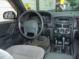 grey jeep grand cherokee interior interieur jeep grand cherokee 2000 photo grand cherokee interieur