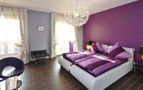 peinture chambre violet chambre mauve et turquoise