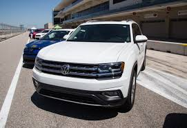 volkswagen atlas interior sunroof road test 2018 volkswagen atlas sel premium