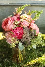 wedding flowers kelowna chelsea jim kelowna wedding zais photography