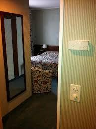 climatisation chambre entrée et boitier de climatisation chambre 401 picture of hotel
