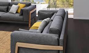 tapisser un canapé canapé joquer