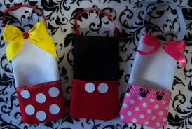 mickey mouse favor bags mickey minnie mouse birthday felt party candy favor bags